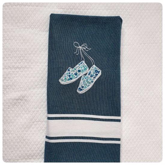 Fouta bleu jeans avec motif...