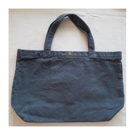 Grand sac bleu brodé